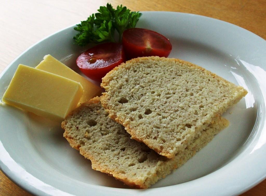 1-2-3-leipä ja lisukkeet