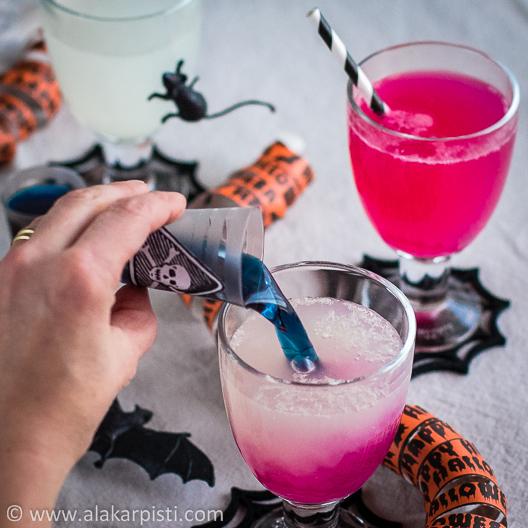 Väriä vaihtava noitajuoma halloweeniin | Alakarpisti.com